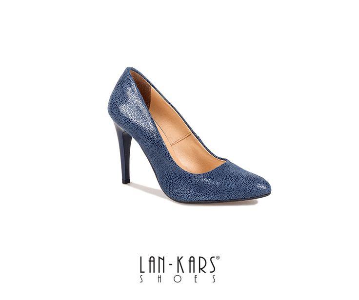 Piękne, kobiece szpilki w trzech kolorach.  #shoes #highheels #stilletos #high #navy #blue #red #gold #woman #style #fashion #leather #lankars