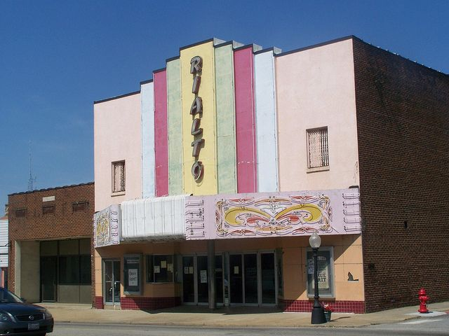 Seeing a movie at the Rialto Theater in downtown Searcy is a historical and inexpensive weekend outing idea!