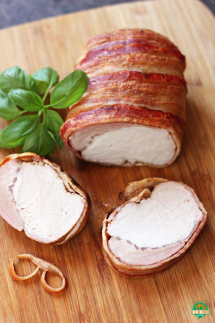 Para preparar en Navidad y Año Nuevo, esta apetitosa receta navideña de lomo de cerdo con tocino y miel http://cocinamuyfacil.com/lomo-cerdo-tocino-miel-receta-navidad/