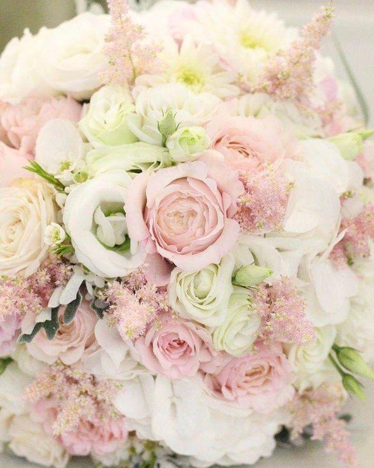 Kytička pre nevestičku  #kvetysilvia #kvetinarstvo #kvety #svadba #love #instagood #cute #follow #photooftheday #beautiful #tagsforlikes #happy #like4like #nature #style #nofilter #pretty #flowers #design #awesome #wedding #home #handmade #flower #summer #bride #weddingday #floral #naturelovers #picoftheday
