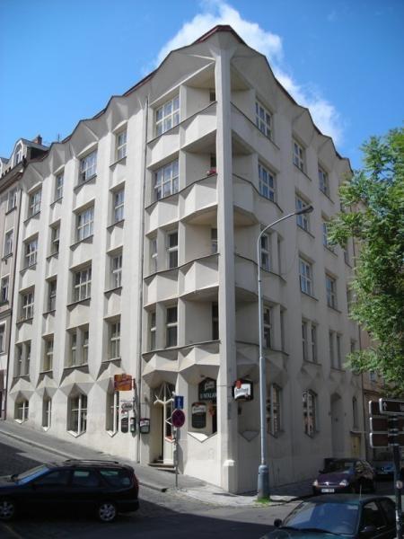 Česko, Praha - Kubistický činžovní dům Hodek