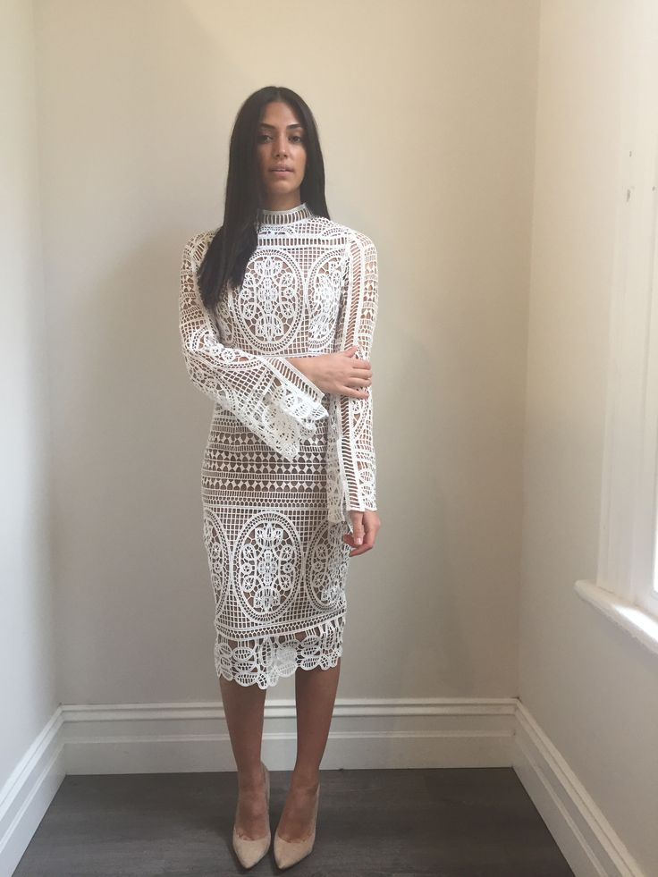 Ministry of Style - Mania Lace Dress - Ivory