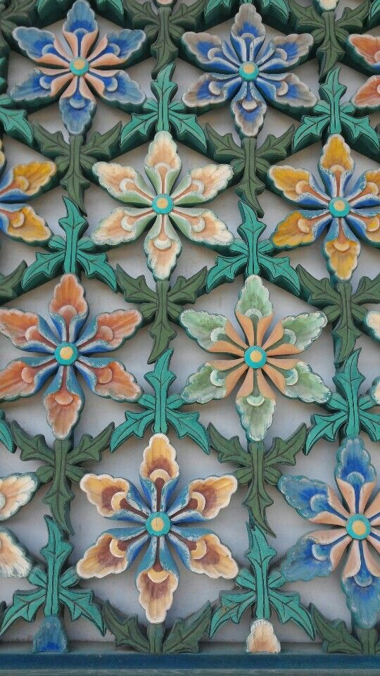 Korea temple window&door pattern More Pins Like This At FOSTERGINGER @ Pinterest