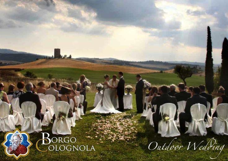 Outdoor wedding in Umbria  #BorgoColognola #Umbria #Perugia #Wedding Matrimonio