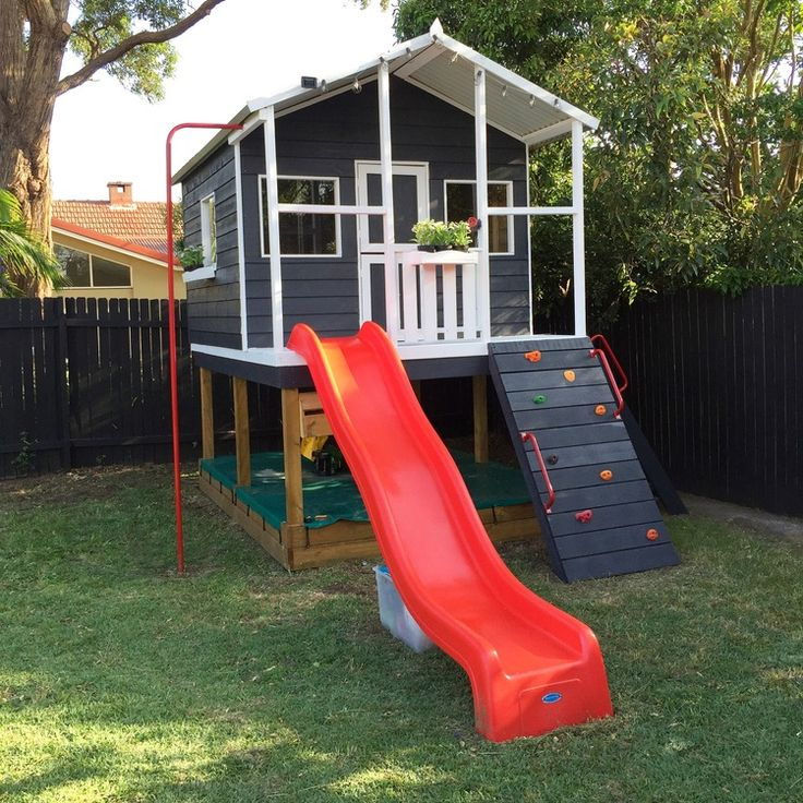Best 25 boys playhouse ideas on pinterest for Boys outdoor playhouse