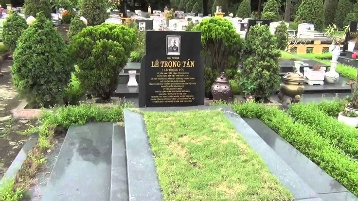 Thăm nghĩa trang Mai Dịch (2)