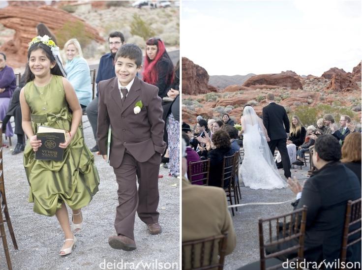 Las Vegas Wedding Planner Winter Valley Of Fire Spiral Ceremony Ring Warming Green Brown Desert Landscape Bride Groom Beare