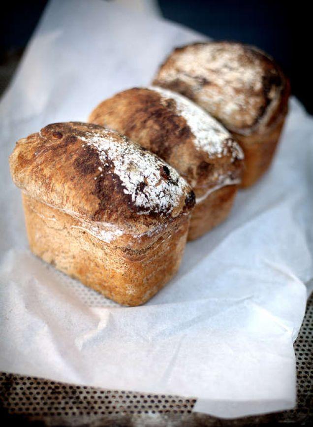 Jättegott bröd som jäser över natten.