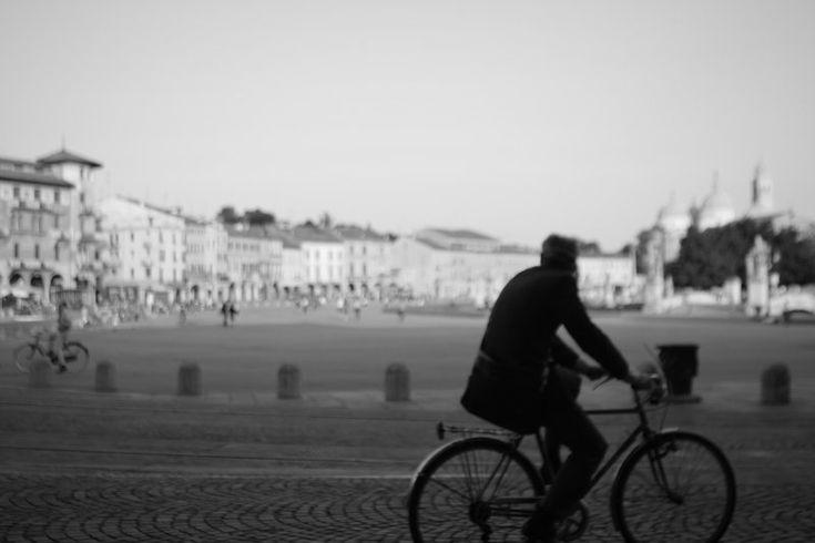Padova Bicycle Man Deyan Grujovic Photo By DEYAN PHOTOGRAPHY
