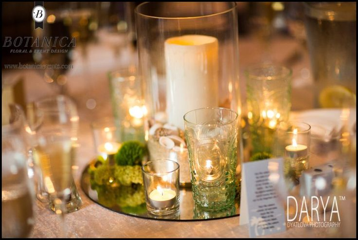 Beautiful center piece that brightens and adds color