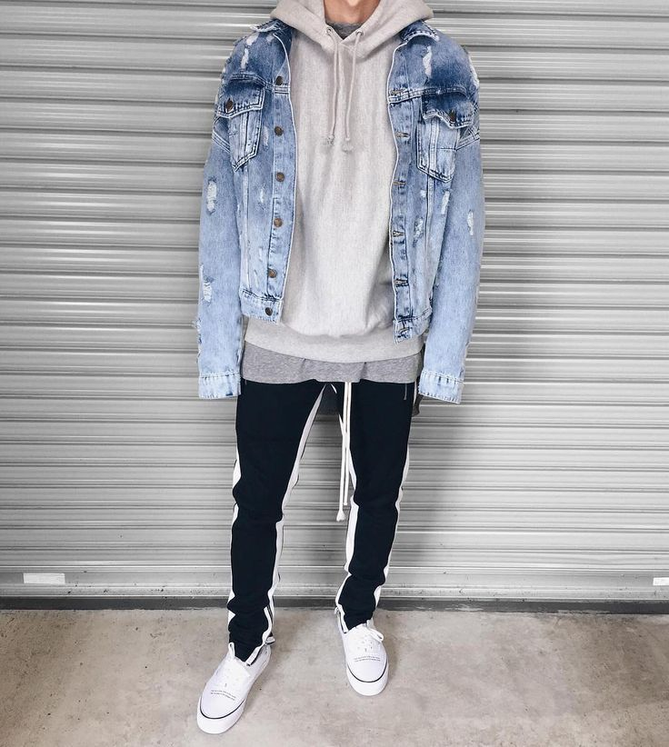 Style by @______usuke Via @streetfitsgallery Yes or no? Follow @mensfashion_guide for dope fashion posts! #mensguides #mensfashion_guide