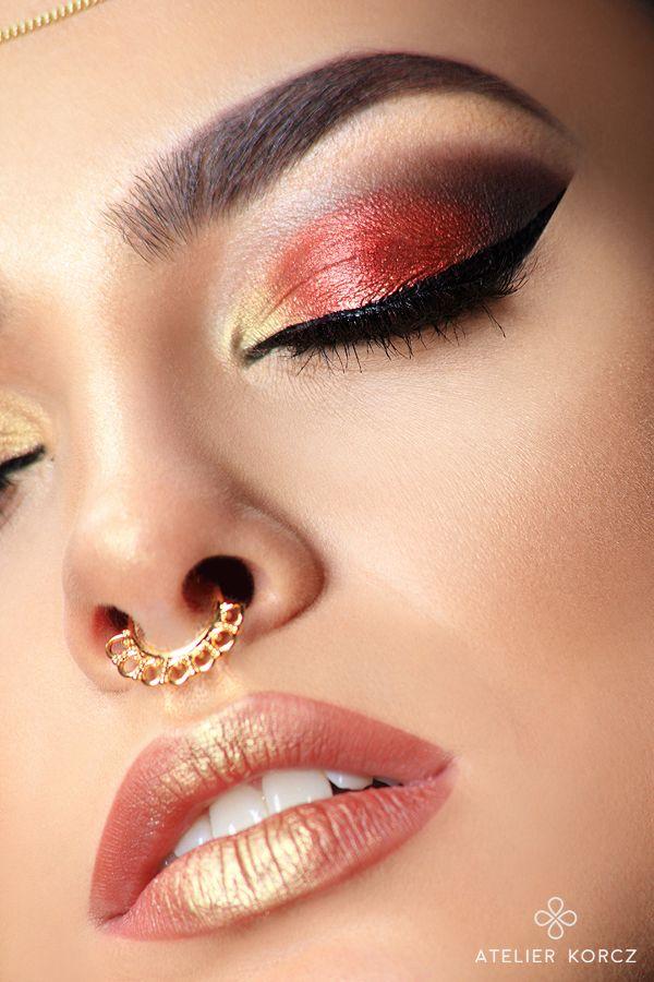 Amaizing gold&red arabic make up look by atelierkorcz.com  #makeup #arabic #oriental #eyemakeup #elegant #simple #chic #brunette #glow #gold #red #eyeliner #jewellery