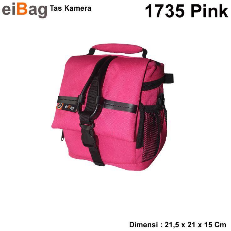 Tas Kamera Murah Produk Bandung Kode EIBAG 1735 PINK. Kapasitas : 1 kamera dslr lensa fix terpasang, 1 lensa fix, dan aksesoris kamera yang pada paket penjualan tas kamera ini sudah termasuk free raincover.