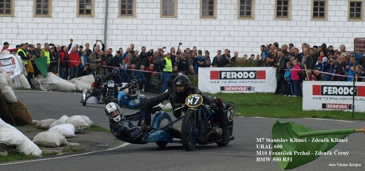 Kolštejnský okruh 2014 - závod historických silničních motocyklů a sidecarů