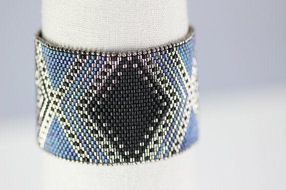 Peyote Pattern  Josephine Bracelet in Black by SabriyeCreative, $12.00