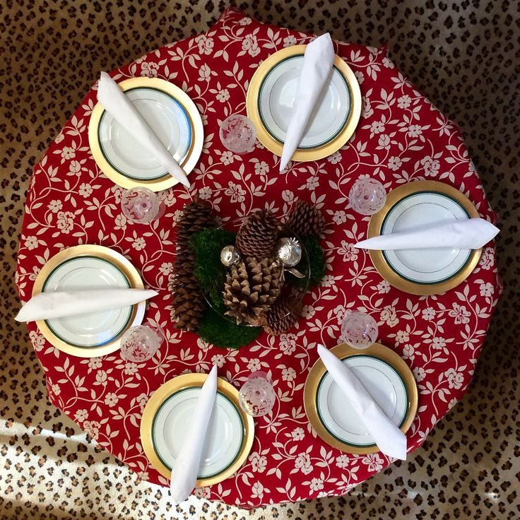 """Amelie Michel """"Mercurio"""" tablecloth. Fabric from Italy, sewn in USA."""