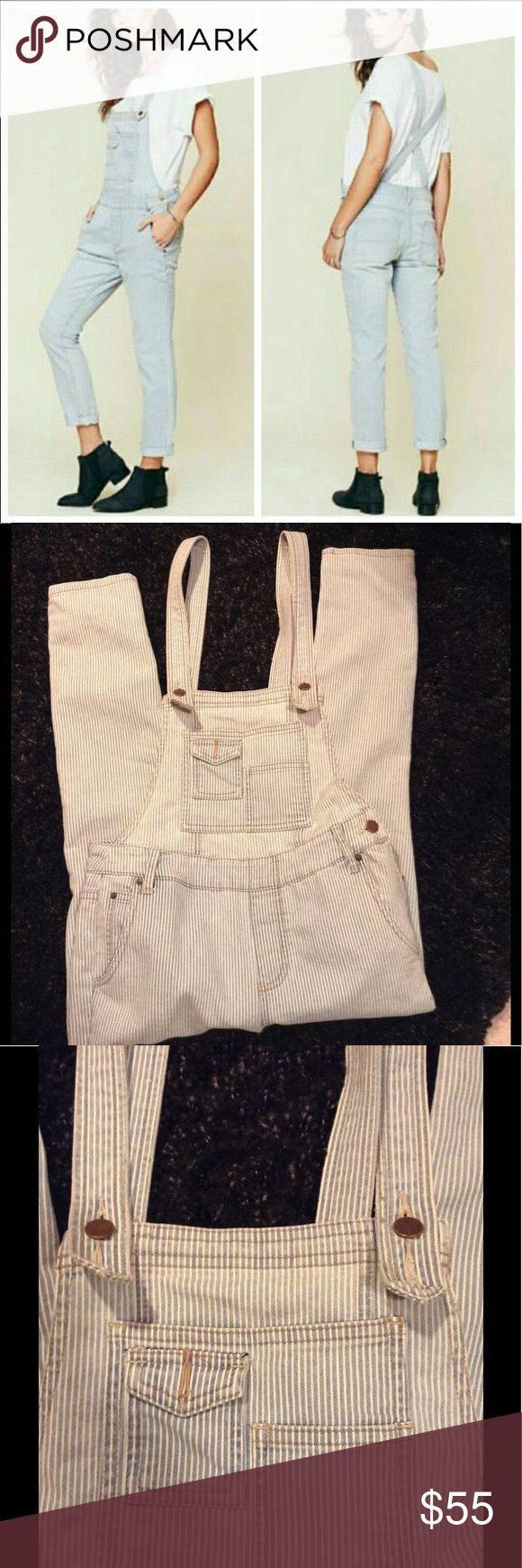 Free People Railroad Stripe Bibs Light blue and white stripe- railroad look denim. 25 waist, 27 inseam. Free People Jeans Overalls