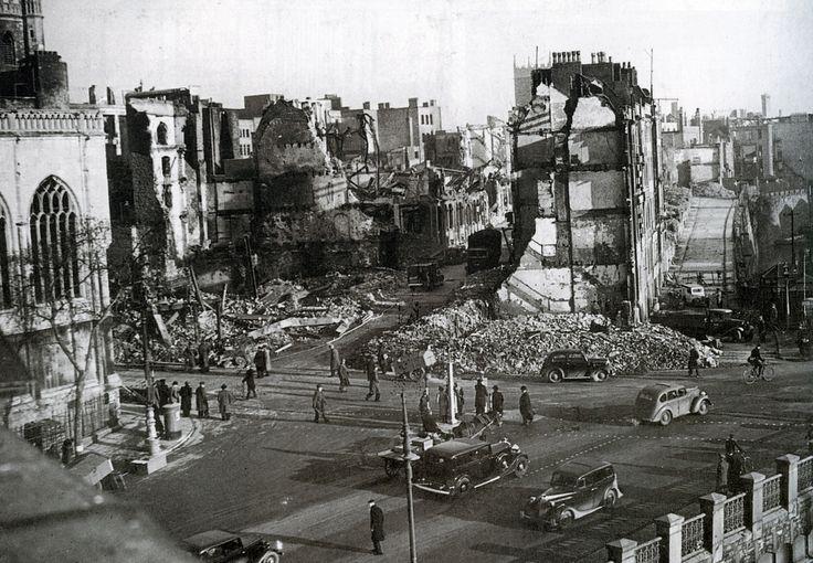 Bristol at War 1940 - Castle & Bridge Streets