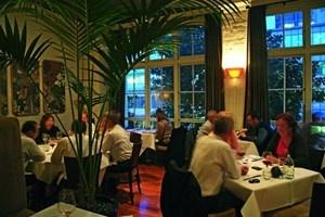Auckland's restaurant of the year,winner 2010 and 2011 : Announcements Restaurant, Auckland Restaurant, Metro Restaurant