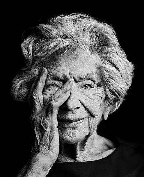 Ata Kando, Dutch Photographer, 103 years old, expo Fotomuseum Rotterdam ©Stephan Vanfleteren