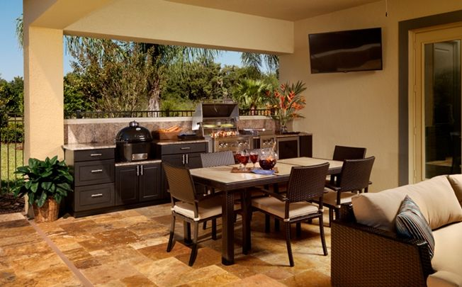 Saratoga-Outdoor-Kitchen-Tampa. Standard Pacific Homes.