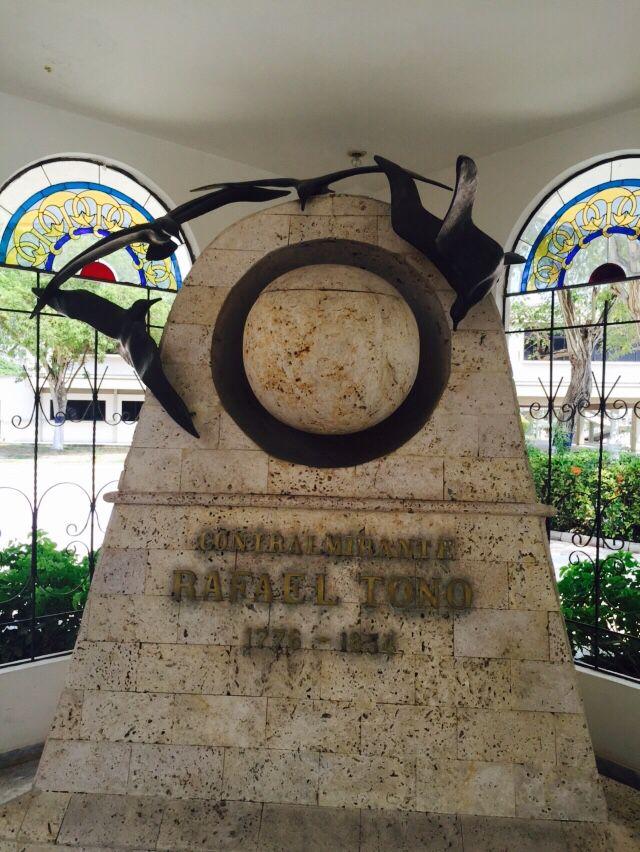 Homenaje al Contralmirante Rafael Tono. 1776-1854. En la Escuela Naval Almirante Padilla (ENAP) de la Armada Nacional de Colombia.