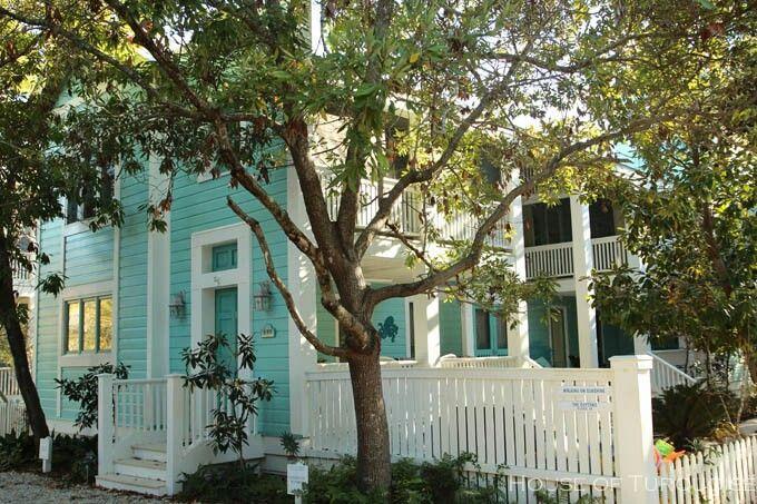 White Houses Blue Houses And White Trim On Pinterest