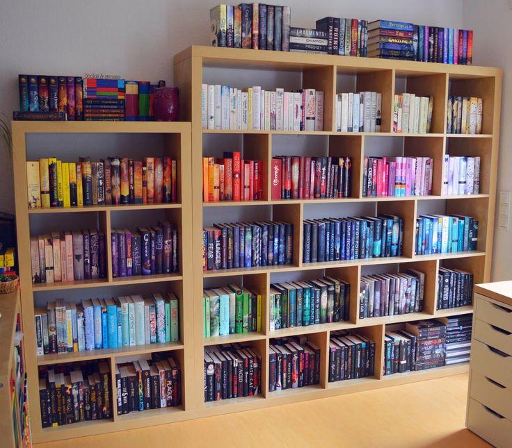 Books \ Senses Mein (nach Farben sortiertes) Regal - hausbibliothek regalwand im wohnzimmer