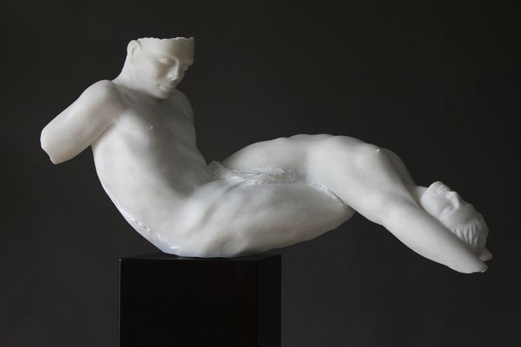 Escultura de Rogério Timóteo | Corpos