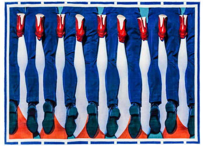 toiletpaper jambes rug 194 x 280 cm legs by seletti design furniture and decoration with made in design - Einfache Dekoration Und Mobel Interview Mit David Geckeler