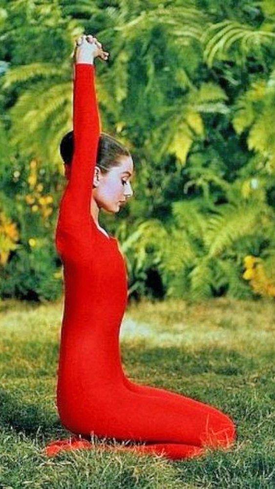 audrey hepburn | Famous, Celebrity, Vintage, Yoga, Audrey Hepburn, Green Mansions, 1958 ...
