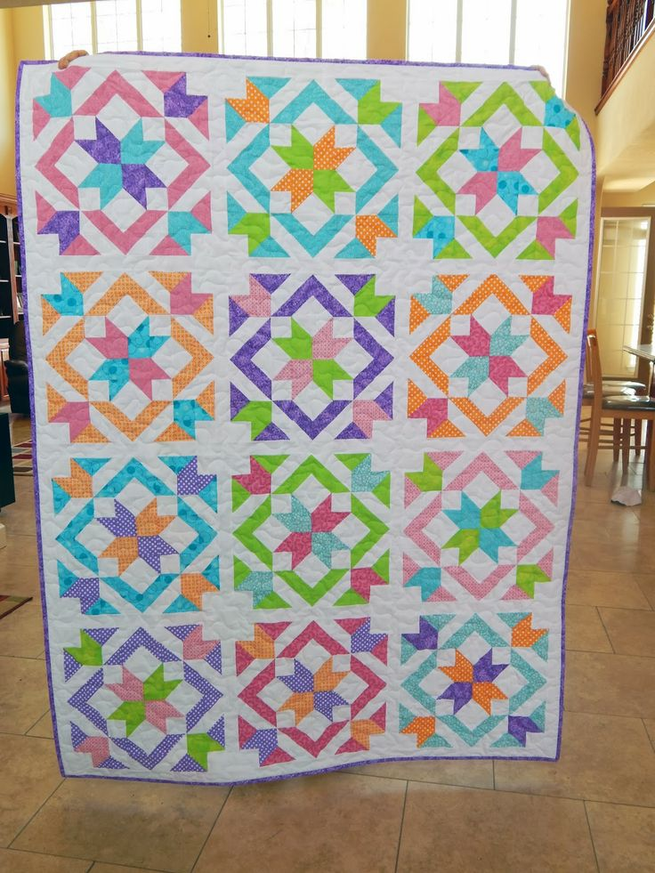 http://happyquiltingmelissa.blogspot.com/2014/04/star-light-star-bright-qal-parade-and.html