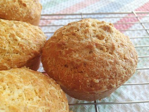 Cheesy keto bread recipe low carb bread