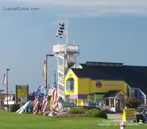 kite shops in nags head north carolina | Front of 'kite central' across from Jockeys Ridge in Nags Head