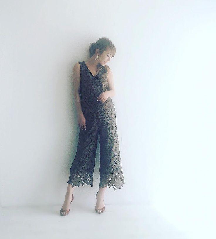 rocotta by moery  ss vol.5の撮影 今回は いよいよ晩夏アイテムの撮影で  2016年 夏服は 今回の撮影で最後  次回の撮影からAW ニット系アイテムになります✨ 晩夏という事で 徐々に 秋の雰囲気がある お洋服に…  こちらは 大人気の美丈レーススカートの進化版✨ 美ライン レースセットアップ  #rocotta #moery #new #fashion #ootd #happiness #happy #love #hair #nail #setup #momoeri #大人女子 #コーデ
