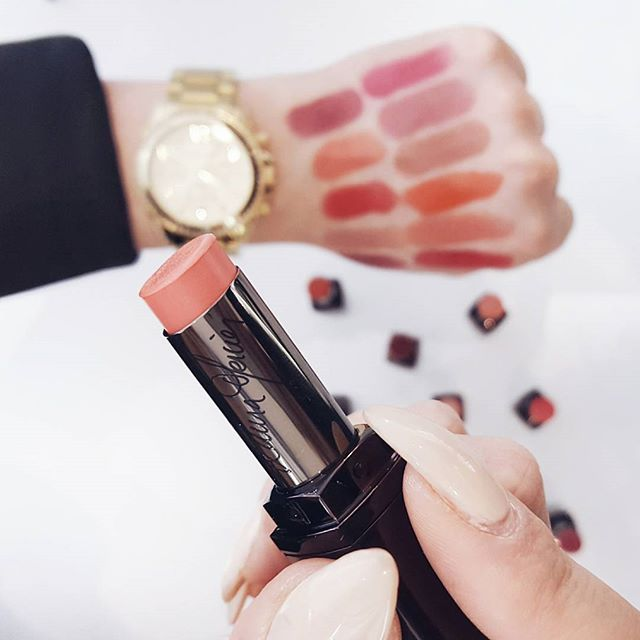 Another look at the new #lauramercier #lipsticks. This time with some with some blurred swatches lol