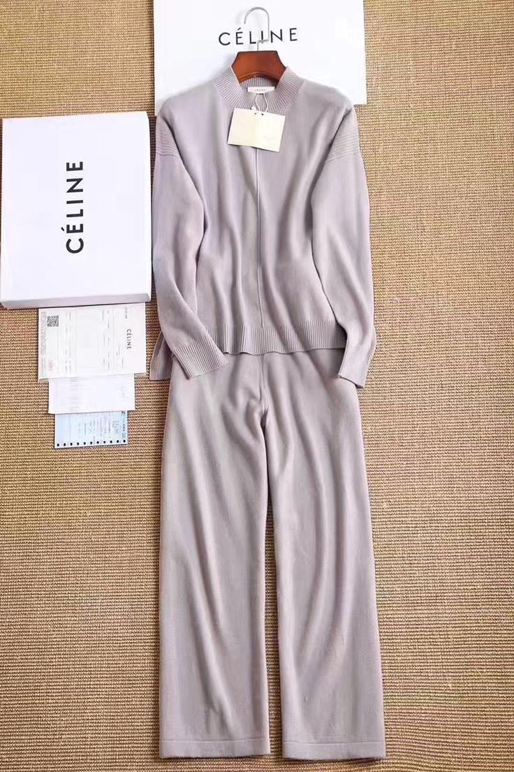 Шерстяной костюм Celine супер новинка!