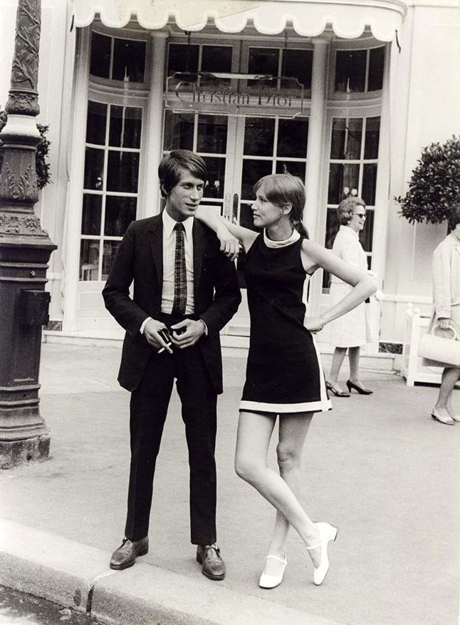 Jacques Dutronc - Christian Dior, Paris 1960s (source : page Facebook Zouzou - officiel)