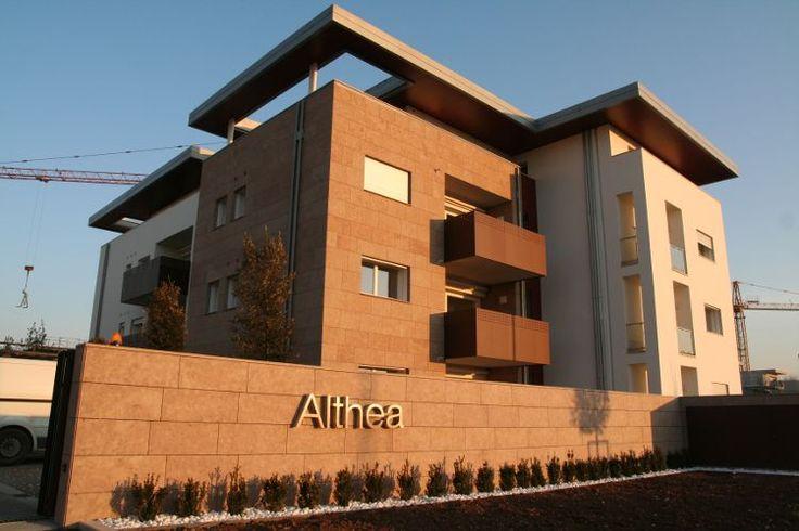 Althea, appartamenti a Ponzano Veneto (Treviso), vista al tramonto del cantiere in costruzione