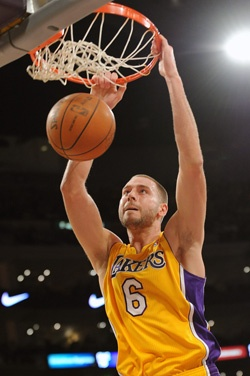 Josh McRoberts Los Angeles Lakers NBA Basketball Dunk