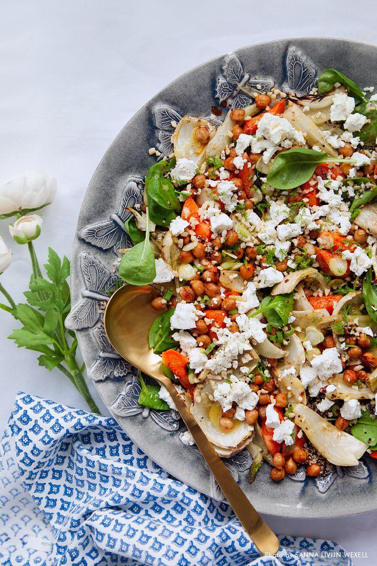 Märtas ljumna vårsallad med kryddiga kikärtor och fetaost