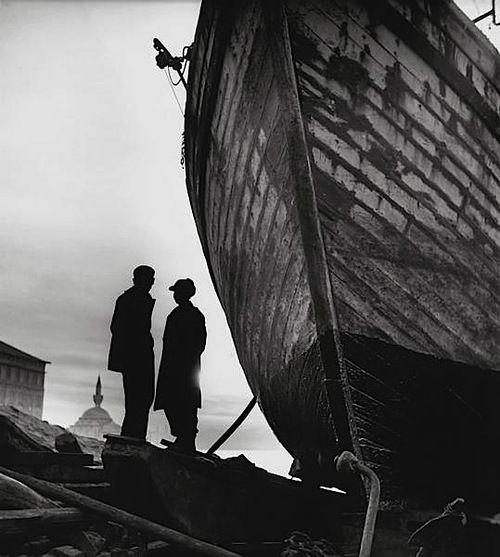 Ara Güler - Üsküdar, Turkey, 1954.