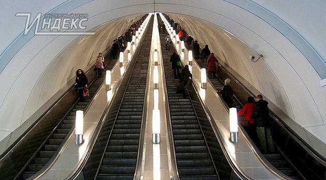 Самый длинный в мире эскалатор заработал в московском метро