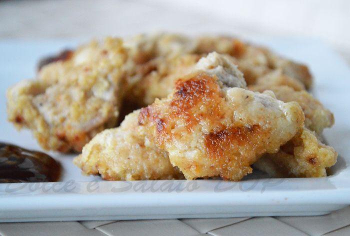 Un modo diverso e in qualche modo light per cucinare la carne: il pollo allo yogurt è reso golosissimo e speziato grazie alla presenza del curry!