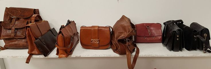 Leather Second Hand Bags - HUMANA Second Hand Roma - Italy