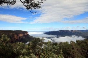 Glenbrook Discovery Trail. Yet another adventure while exploring the Blue Mountains. http://www.ozehols.com.au/blog/new-south-wales/glenbrook-discovery-trail-blue-mountains/ #outdoors #discover #bluemountains #placestosee