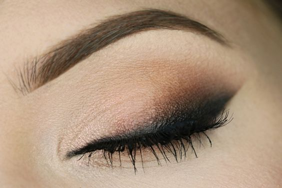 Check out our favorite Peachless smoky inspired makeup look. Embrace your cosmetic addition at MakeupGeek.com!: