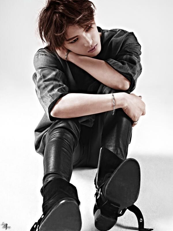 Jaejoong - honestly I really don't know anything about this guy but I like some of his songs and I LOVE these photos.