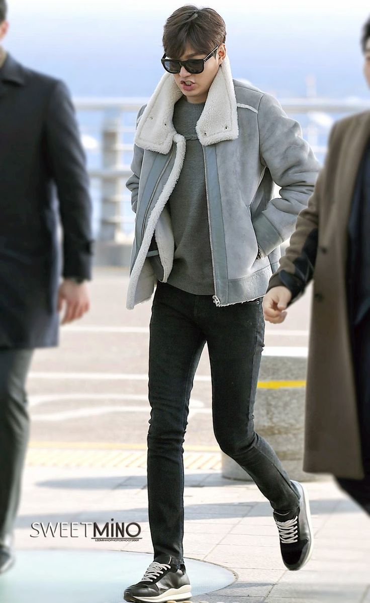Airport, going to Nanjing for Semir event, 20141206.