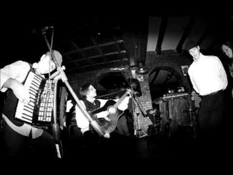 Paddy and the Rats - Pub 'n' Roll  best song forever